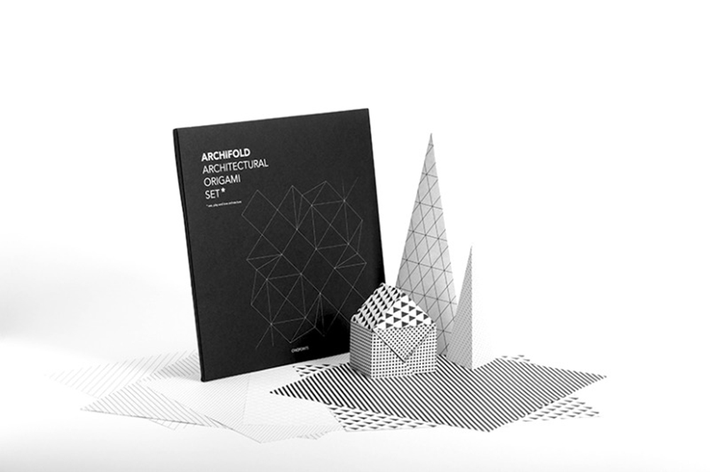 origami-paper-pattern-grid-black-white-architecture-fold-cinqpoints